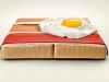Реклама матраса завтрак - яичница
